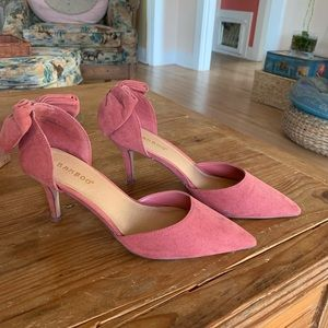Bamboo pink heels with bows